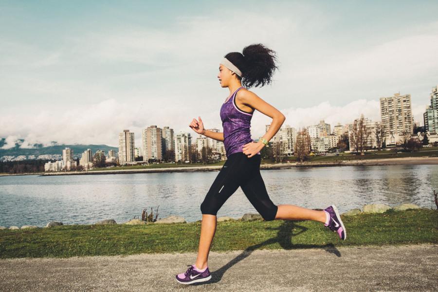 Женские беговые кроссовки Nike: рассказываем о популярных моделях
