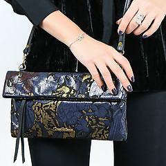 26bae02ed905 ... Сумочка-клатч с текстурным принтом Tony Bellucci 0-225 flowers violet  gold