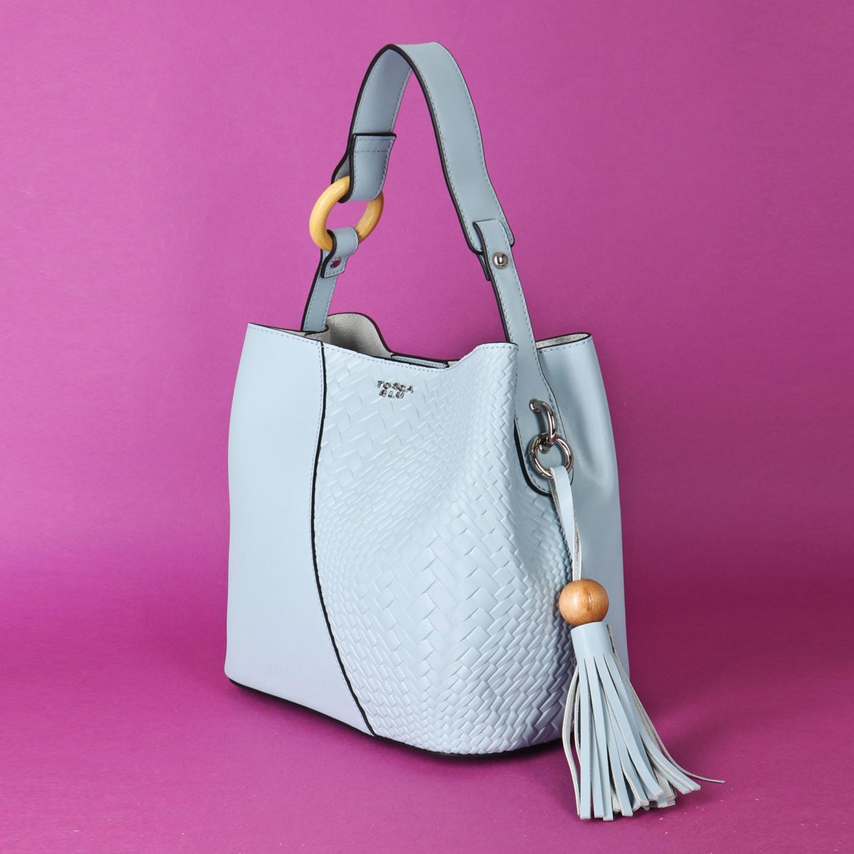 1b516ef695f1 Голубая сумочка из натуральной плотной кожи с деревянными деталями Tosca  Blu Женские классические сумки Tosca ...