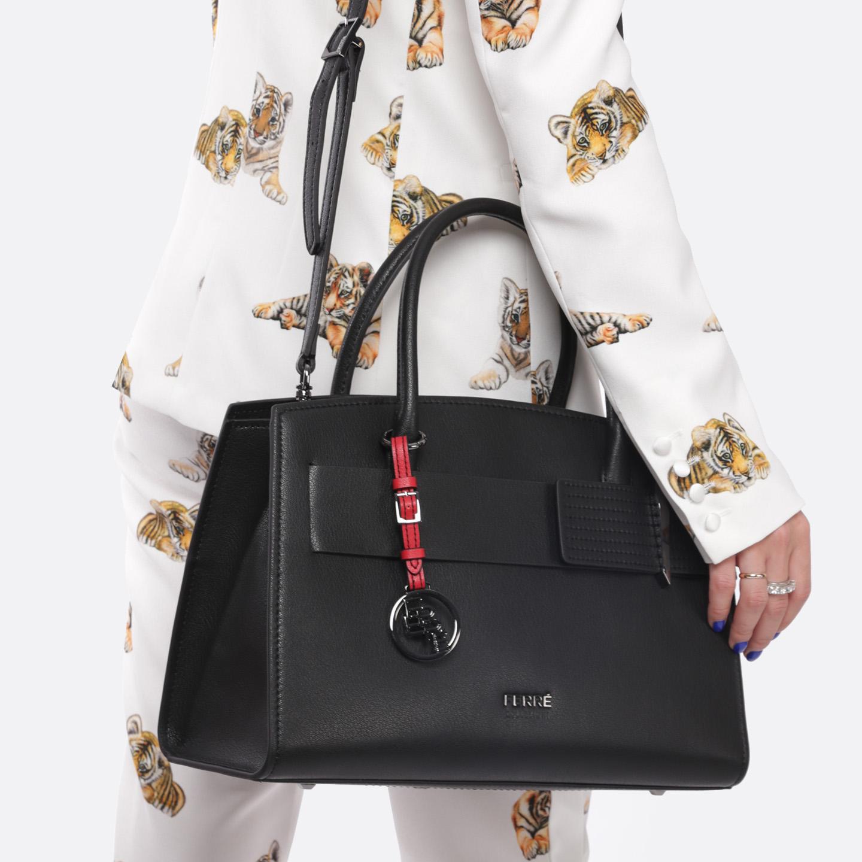 d35d2c9637ad Классическая черная сумка из экокожи Ferre collezioni Женские ...