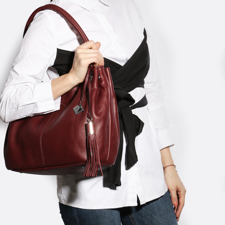 075935a498fe Мягкая кожаная сумка с кисточкой в бордовом цвете – Китай, бордового ...