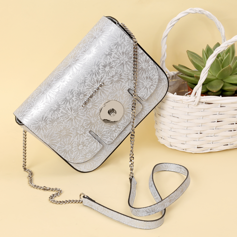 27ad7e9ff00d Серебристая сумка из кожи с цветочным узором – Италия, серого цвета ...