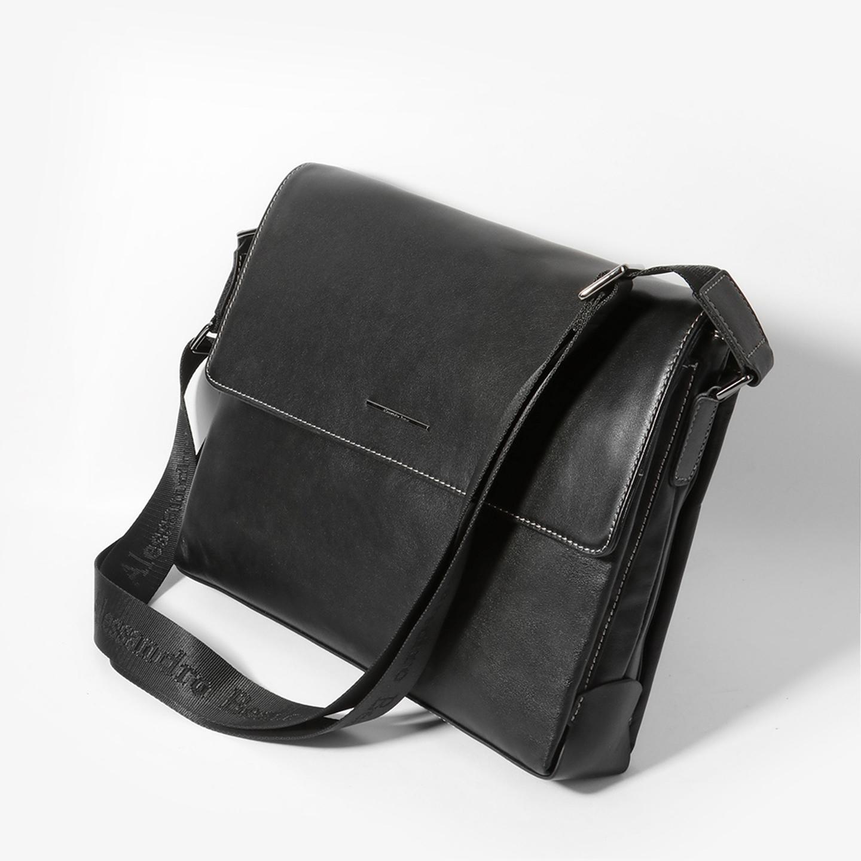 aa569923aab5 Мужская кожаная сумка-мессенджер черного цвета Alessandro Beato ...