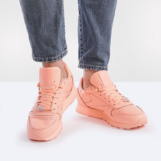 Кроссовки Reebok BS7912 bright peach
