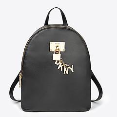 0d4e07fee5c6 ... Черный кожаный рюкзак Elissa среднего размера с фирменным брелоком DKNY  R84KH933 black