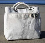 Верные «спутницы» во время отдыха — удобные пляжные сумки